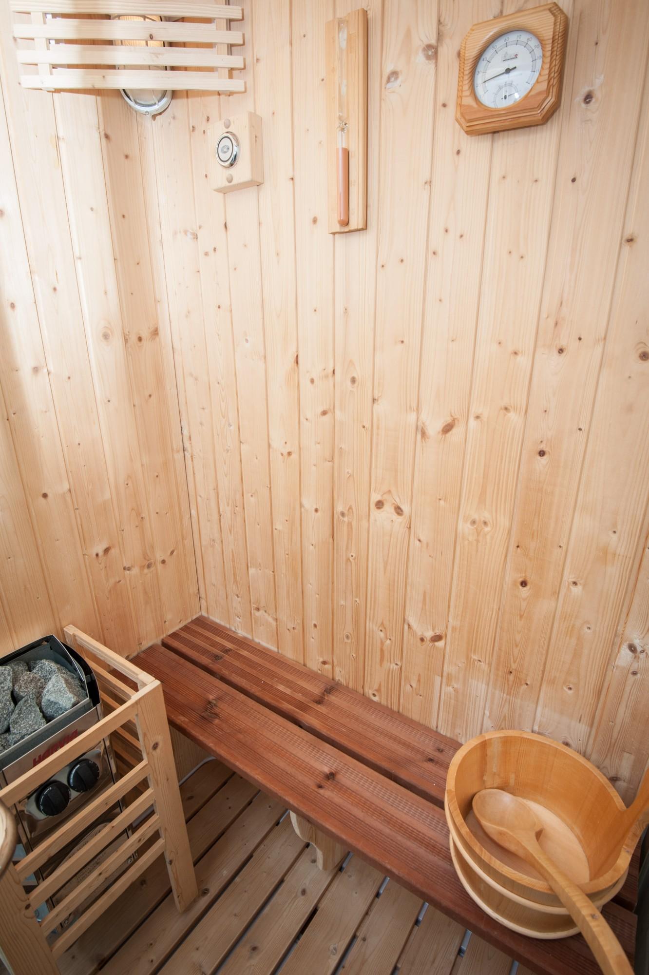 Sauna Lucy